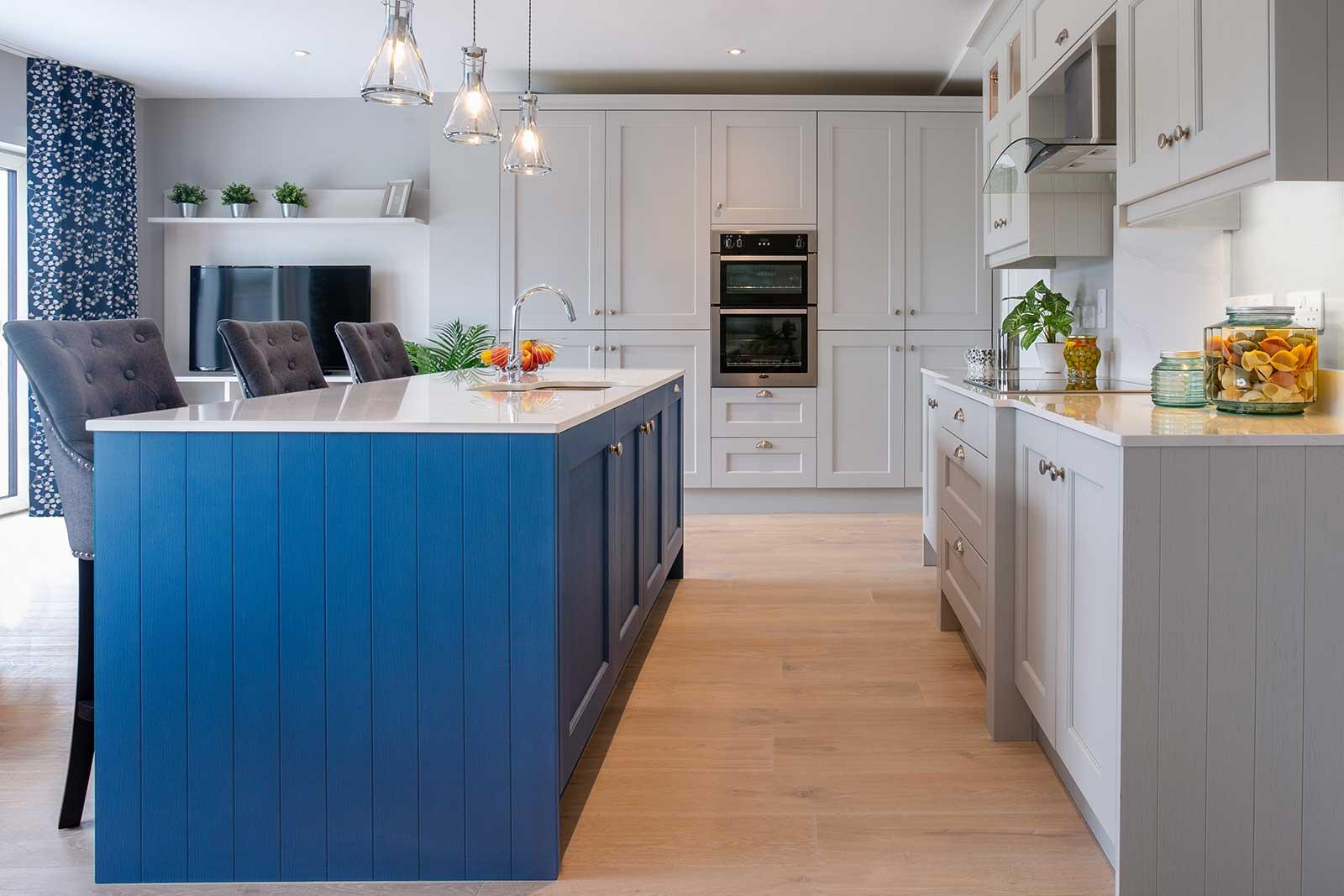 Carton-Interiors_P3_3_Open-plan-kitchen